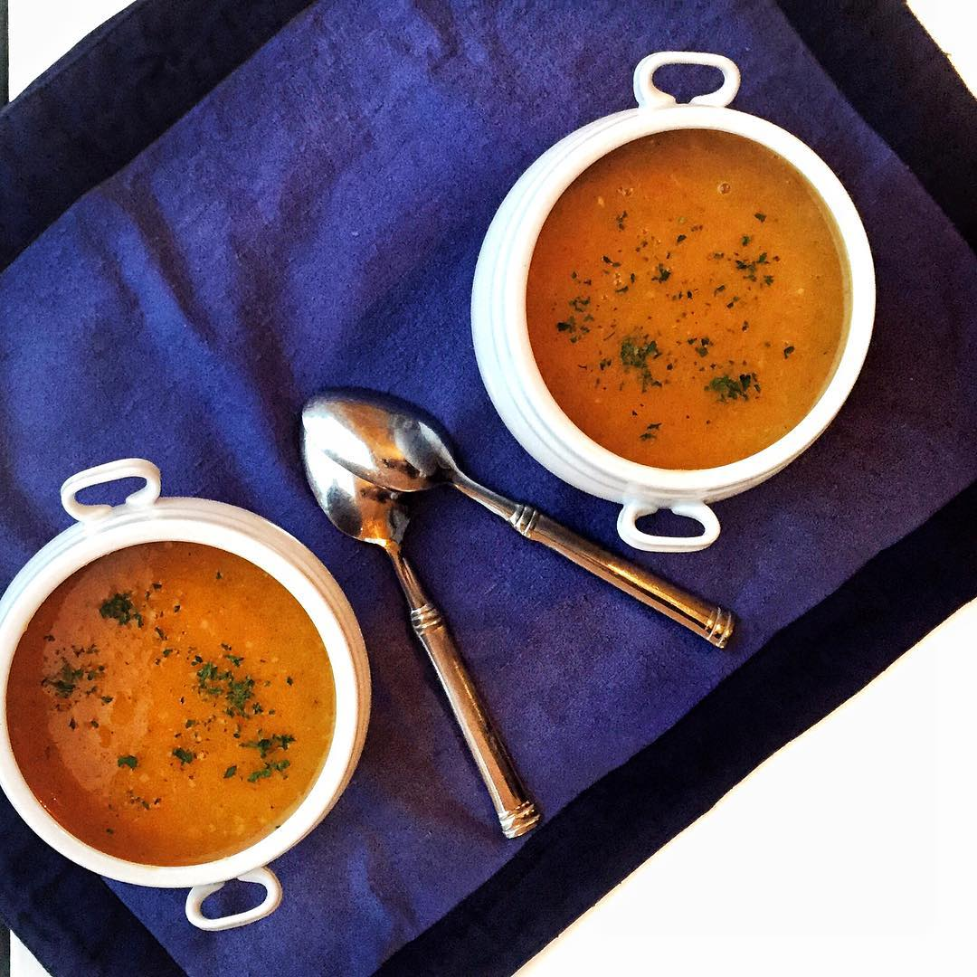 meatlessmonday calls for Roasted Root Vegetable Soup